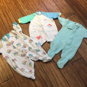 🍼 5/$10 Carter Onesies! Size 3-6mos.